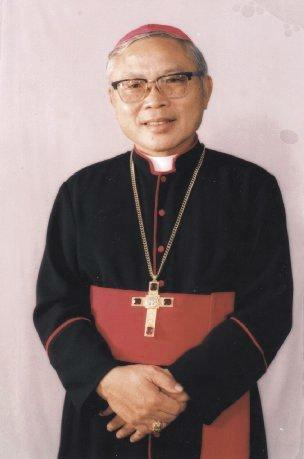 Lễ tạ ơn mừng kỷ niệm 13 năm giám mục Đức cha Phêrô Nguyễn Soạn